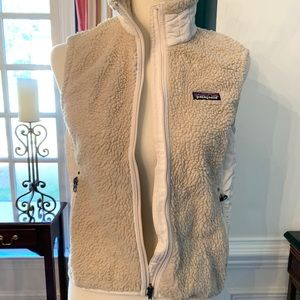 Patagonia Ladies Fleece Vest Size Small in Tan